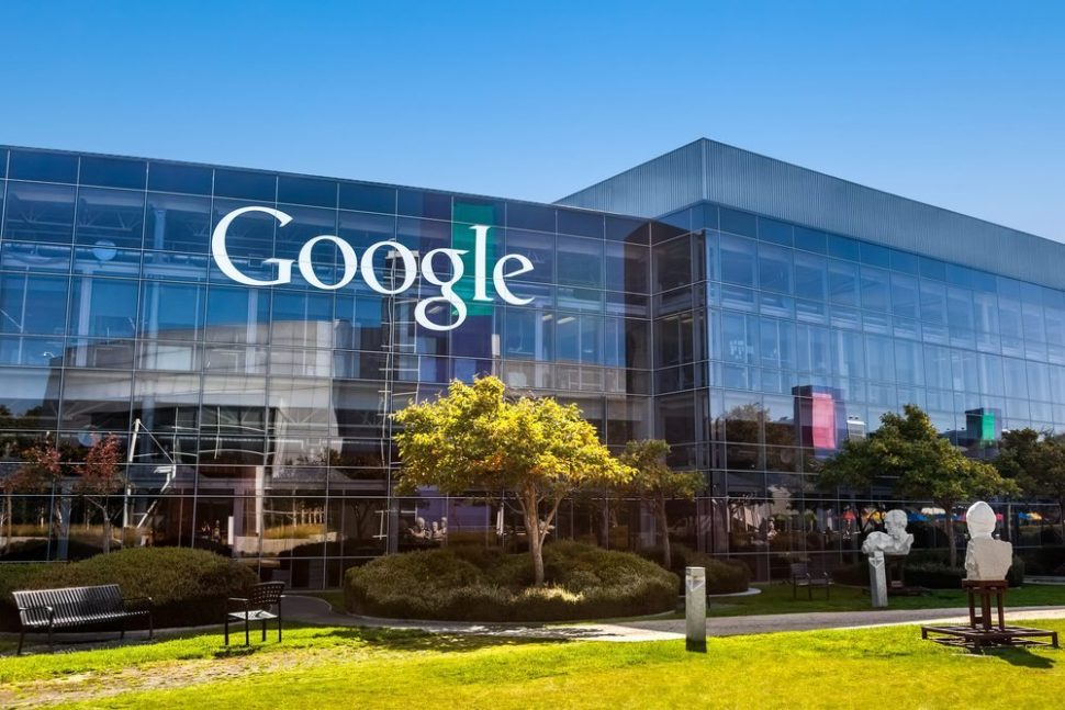 Google | Mountain View, CA | Turtix | Shutterstock.com