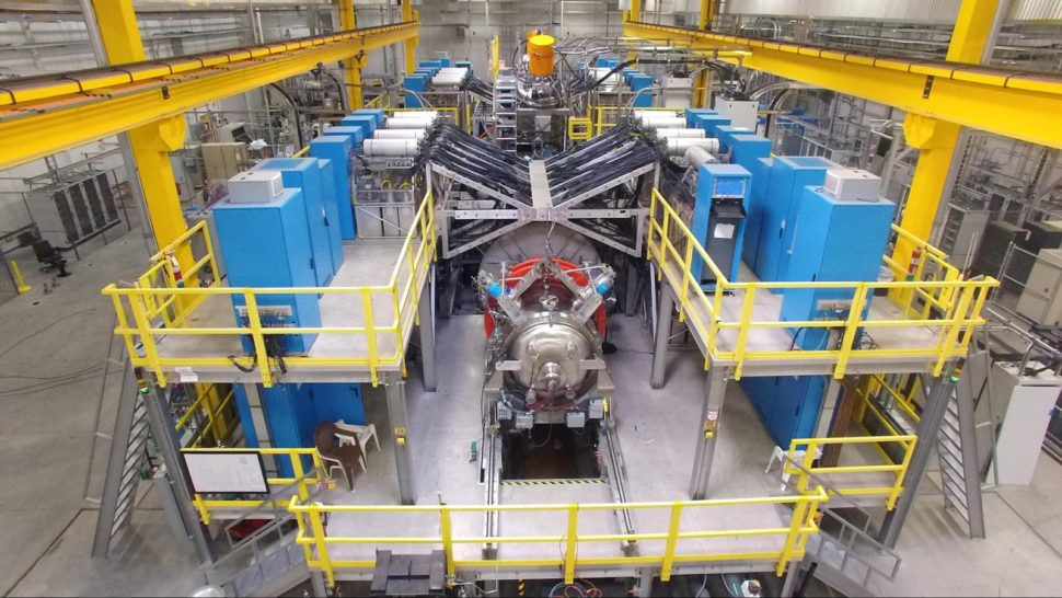 Tri Alpha Energy C2-U Machine | Google Research Blog