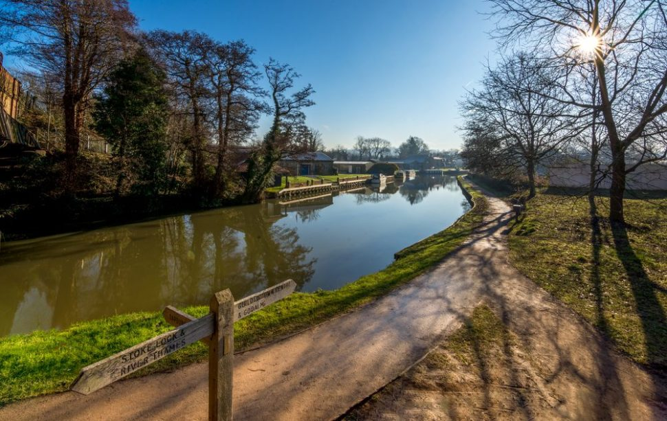 River wey in Guildford near the University of Surrey | ExFlow | Shutterstock.com