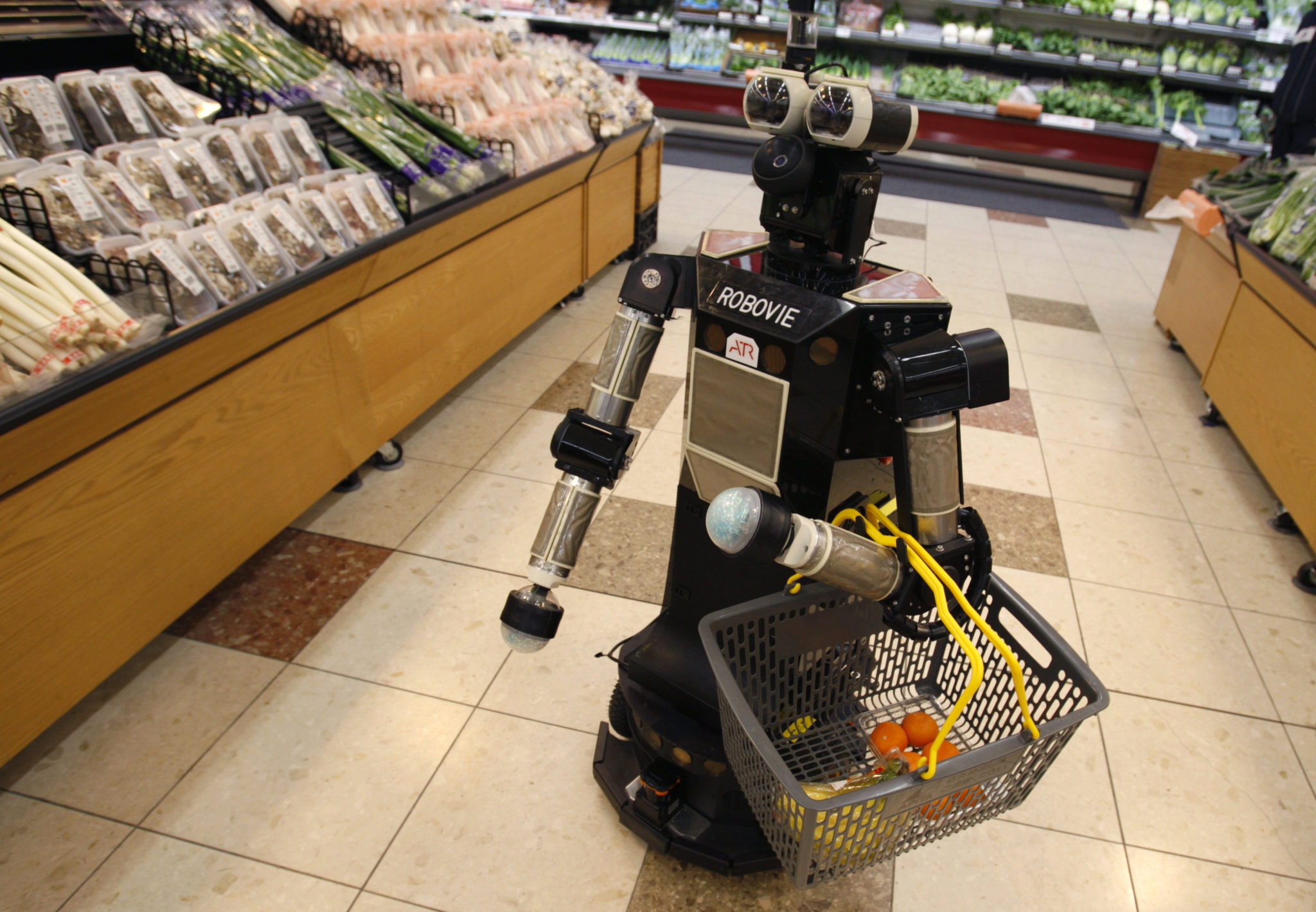 Robot picking up groceries