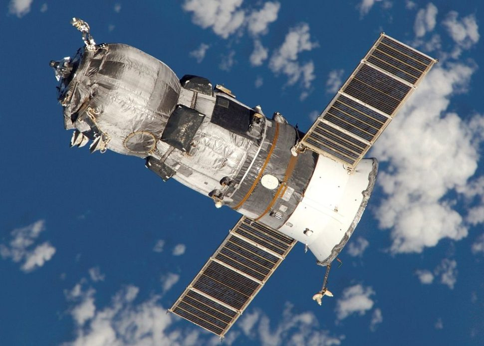 The unmanned Progress M-52 (ISS-17P) spacecraft photographed by the crew of Expedition 11.    Expedition 11   spaceflight.nasa.gove