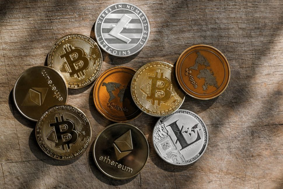 With crypto currency still being a Wild West of sorts, it's important to keep an eye on the crypto scams that are currently trending on the market. | Image By Benophotography | Shutterstock