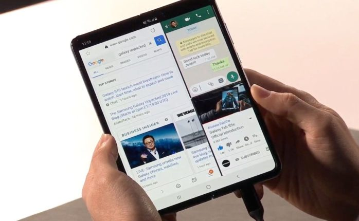 As futuristic as it may seem, the Samsung Galaxy Fold may tick too many boxes. ¦ Image via Samsung