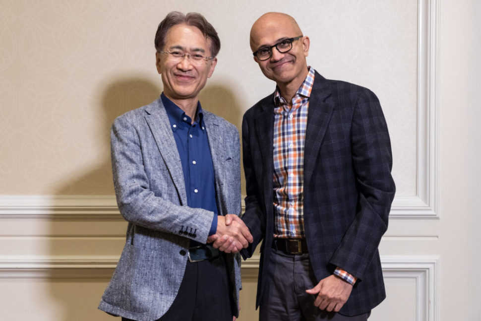 Kenichiro Yoshida, President and CEO, Sony Corporation (left), and Satya Nadella, CEO, Microsoft | Image Credit: Microsoft