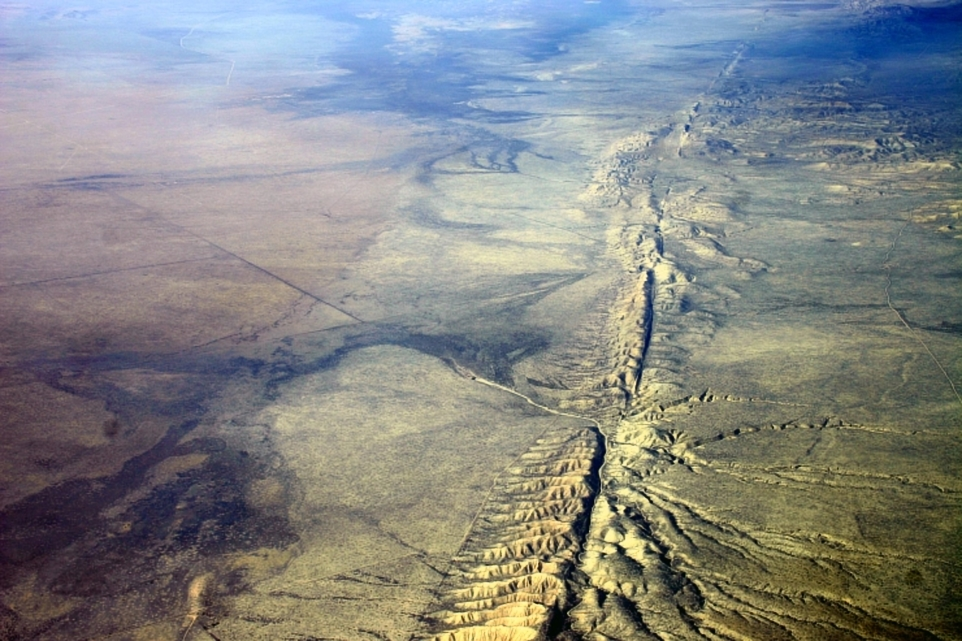 San Andreas Fault line | Image courtesy of Wikimedia Commons